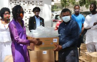 @yepgambia: 10,000 Face masks 500 3D face shields 2000 Protective clothing Together with @IOMGambia & with support from @EUinTheGambia, we handed over these equipment to @MOHGambia as part of our #COVID19 support sourced from ??. Don't forget to #StaySafe & #StayHome.